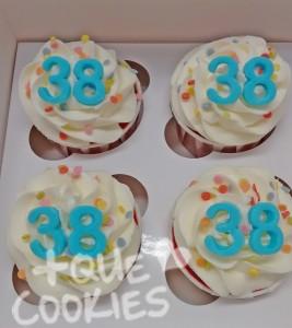 38-Felicitats