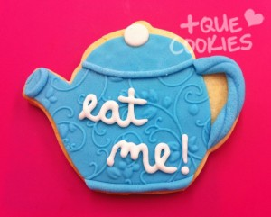 Cookies-Eat-Me-Alicia